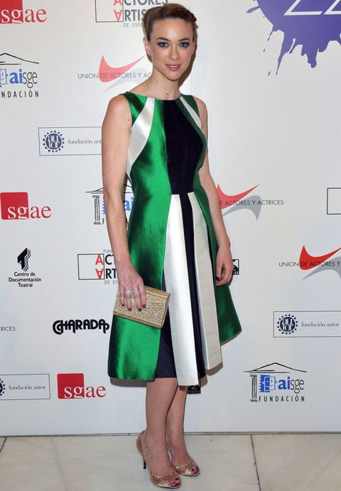 Dress, Red, Bag, One-piece garment, Style, Day dress, Fashion, Sandal, Pattern, Slipper,