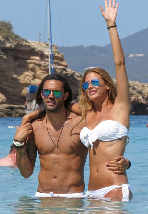 Eyewear, Vision care, Glasses, Fun, Goggles, Brassiere, Tourism, Water, Chest, Sunglasses,