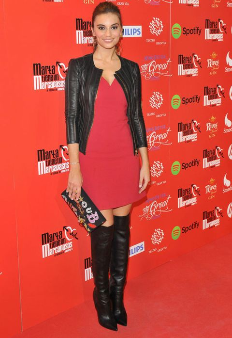 Red, Textile, Riding boot, Outerwear, Boot, Knee-high boot, Style, Dress, Fashion, Premiere,