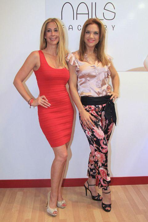 Clothing, Footwear, Shoulder, Human leg, Joint, Waist, Dress, Style, One-piece garment, High heels,