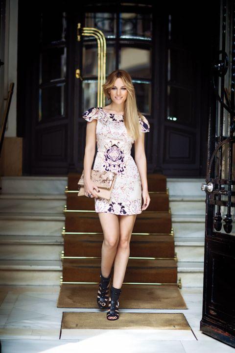Clothing, Human leg, Shoulder, Joint, Style, Street fashion, Fashion model, Stairs, Beauty, Dress,