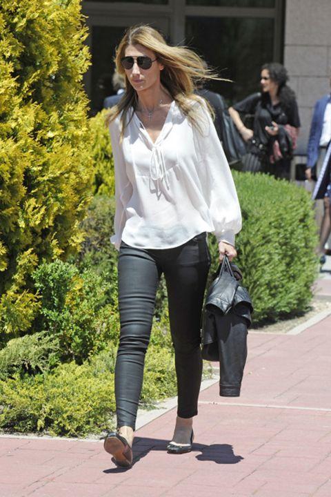 Clothing, Footwear, Eyewear, Leg, Textile, Outerwear, Sunglasses, Bag, Fashion accessory, Style,