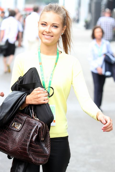 Hair, Face, Arm, Product, Human body, Bag, Jewellery, Style, Street fashion, Luggage and bags,