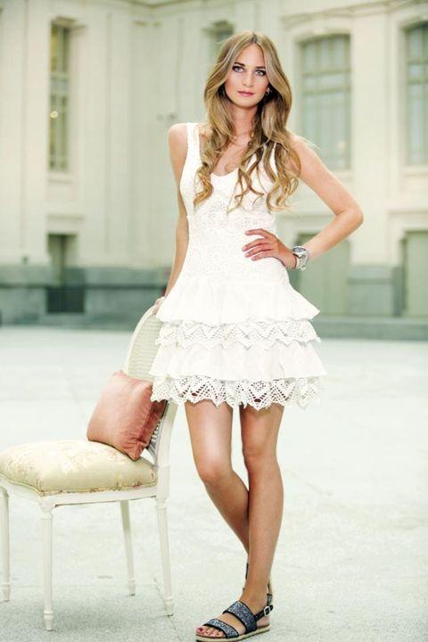 Clothing, Leg, Dress, Shoulder, Human leg, Joint, Style, Waist, One-piece garment, Beauty,
