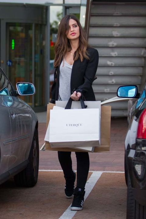 Clothing, Product, Shoulder, Automotive design, Coat, Outerwear, Bag, Style, Street fashion, Fashion,