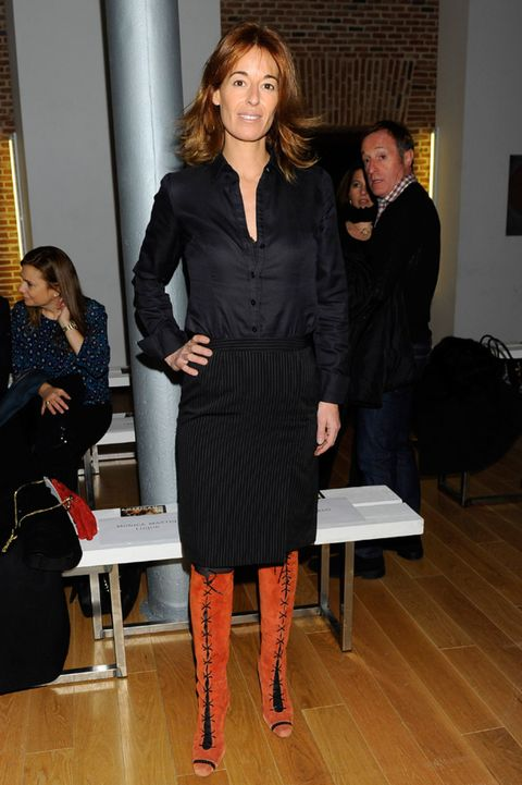 Leg, Human body, Style, Interior design, Fashion, Dress, Bag, Little black dress, Tights, Waist,