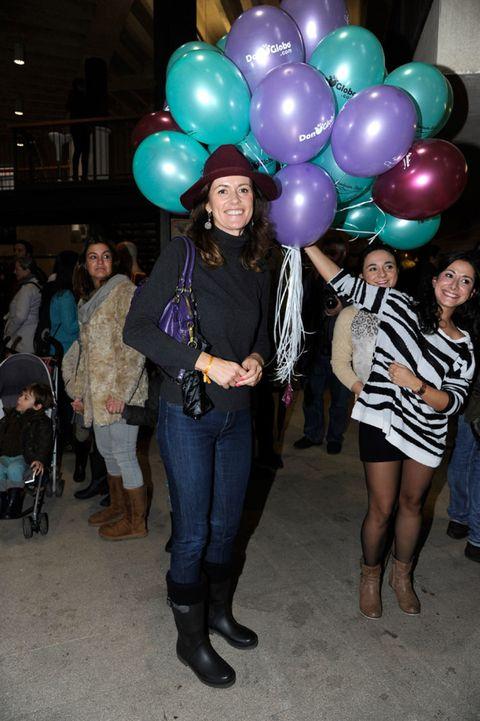 Footwear, Leg, Party supply, Balloon, Textile, Outerwear, Style, Fashion, Thigh, Jacket,