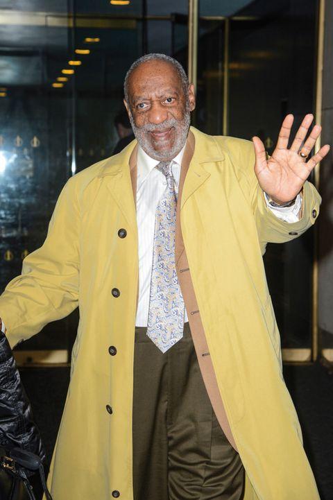 Finger, Dress shirt, Sleeve, Human body, Collar, Coat, Hand, Outerwear, Formal wear, Blazer,