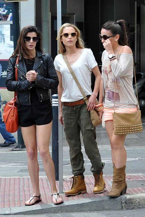 Clothing, Eyewear, Hair, Footwear, Glasses, Leg, Vision care, Trousers, Sunglasses, Fashion accessory,