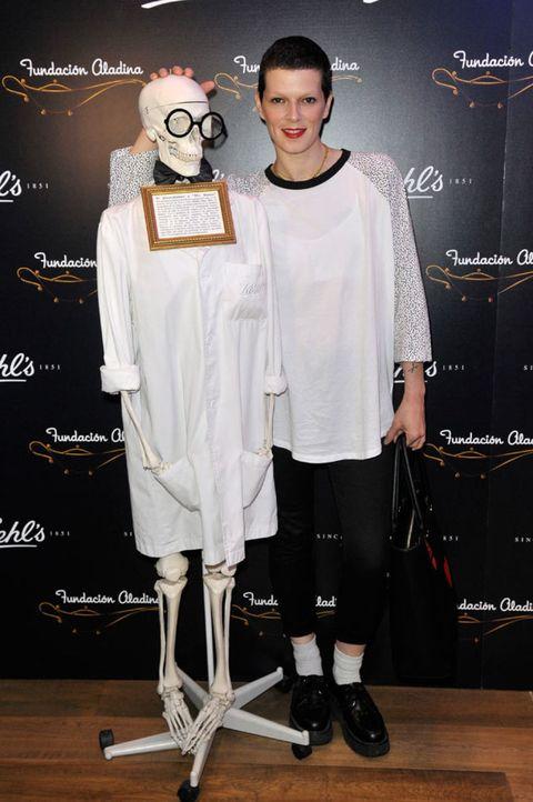 Fashion, Costume accessory, Carpet, Fashion design, Premiere,