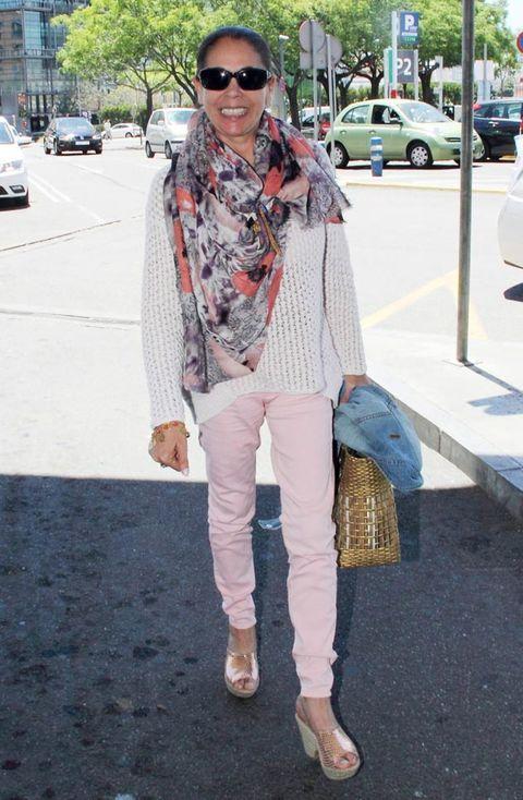 Clothing, Textile, Shoe, Outerwear, Bag, Denim, Sunglasses, Style, Fashion accessory, Street fashion,