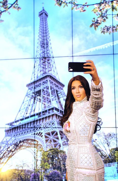 Tower, Landmark, Beauty, Street fashion, Lavender, Electricity, Long hair, Spire, Model, Tourist attraction,