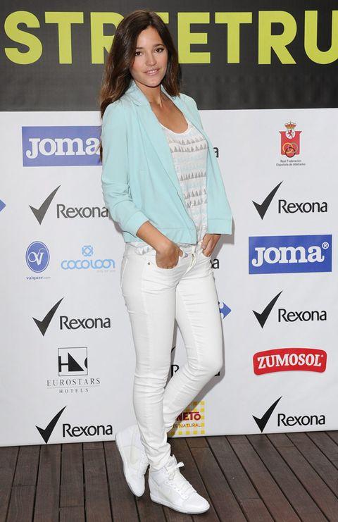 Sleeve, Trousers, Style, Denim, Fashion accessory, Logo, Street fashion, Blazer, Fashion model, Pocket,