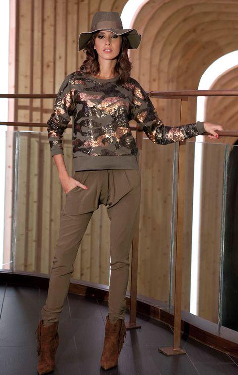 Brown, Sleeve, Joint, Khaki, Boot, Hat, Knee, Fashion, Tan, Fashion model,