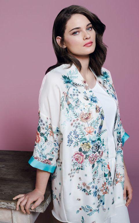 Clothing, Sleeve, Shoulder, Textile, Fashion model, Pattern, Fashion, Street fashion, Neck, Beauty,