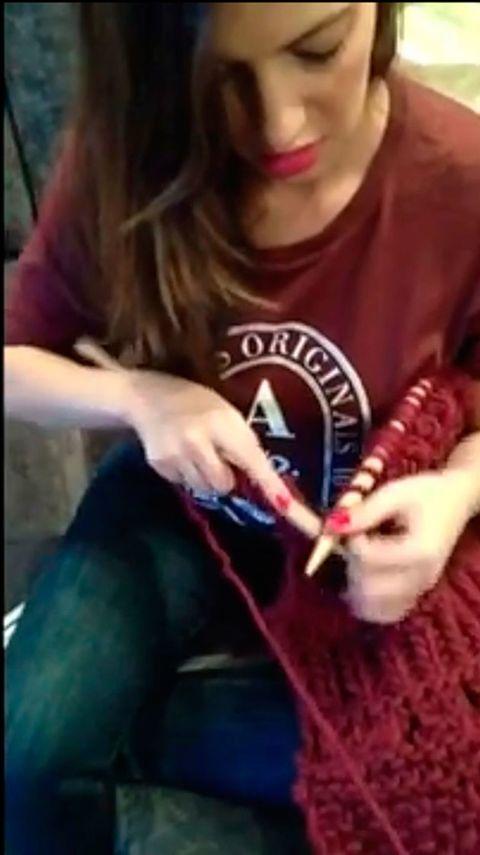 Finger, Fun, Skin, Sitting, Cool, Black hair, Knitting, Snapshot, Craft, Thumb,