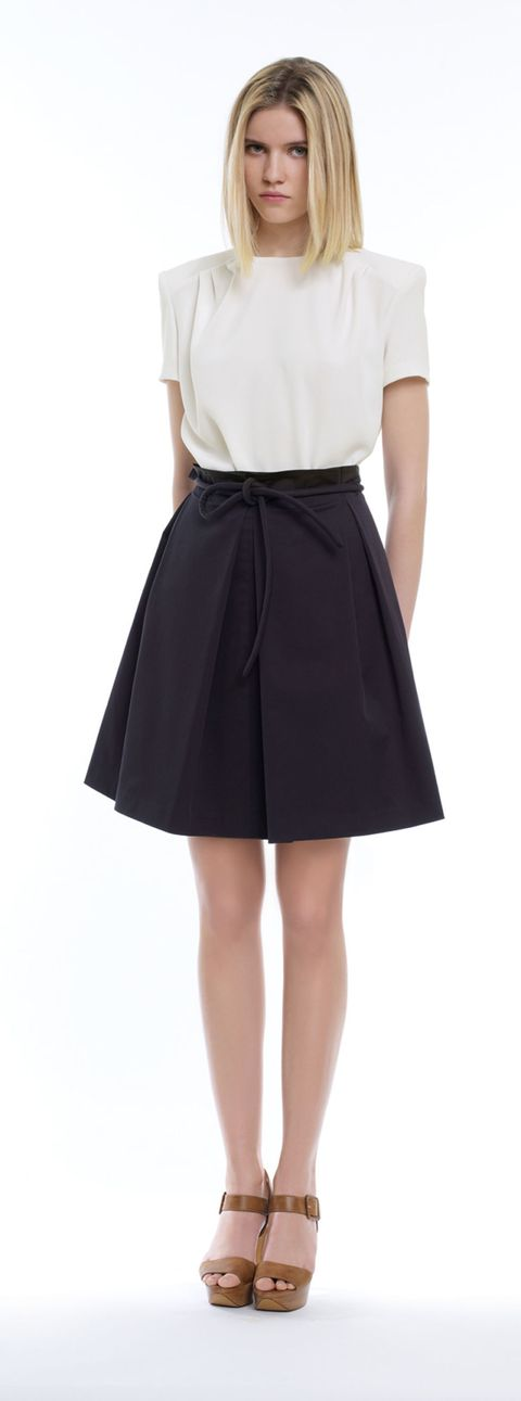 Clothing, Leg, Sleeve, Shoulder, Standing, Textile, Joint, Style, Waist, Collar,