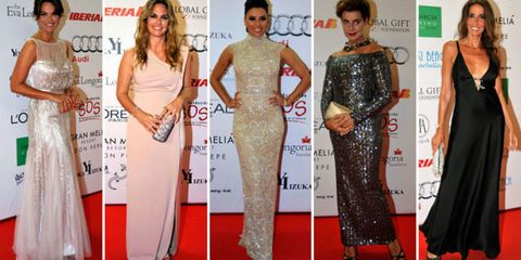 Flooring, Dress, Red, Joint, Style, Formal wear, Carpet, Fashion, Public event, Waist,