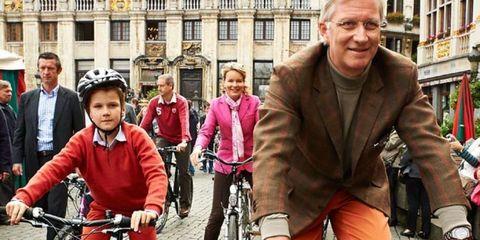 Tire, Wheel, Bicycle tire, Bicycle wheel, Bicycle frame, Bicycle wheel rim, Bicycle, Bicycle fork, Bicycle handlebar, Land vehicle,