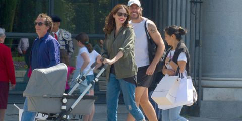 Hair, Product, Bag, Luggage and bags, Travel, Street fashion, Sunglasses, Handbag, Shoulder bag,