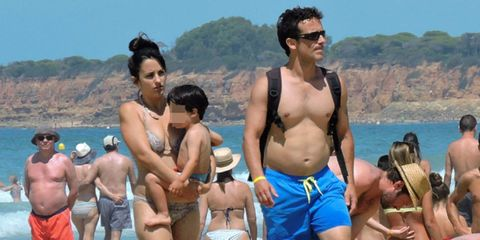 Fun, People, Barechested, Chest, Tourism, Sunglasses, Trunk, Abdomen, Leisure, Summer,