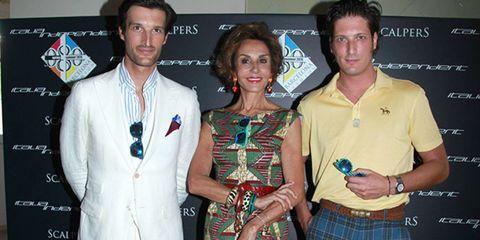 Tartan, Plaid, Textile, Coat, Outerwear, Award, Dress, Logo, Suit, Watch,