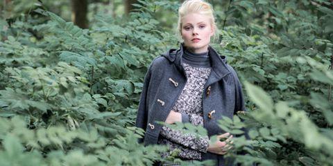 Human, Winter, Outerwear, Mammal, Coat, Jacket, Street fashion, Shrub, Blond, Fur,