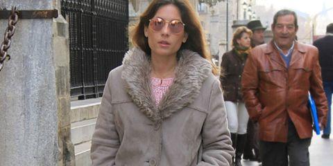 Eyewear, Vision care, Glasses, Winter, Jacket, Sleeve, Coat, Textile, Outerwear, Style,