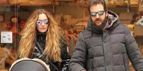 Eyewear, Face, Vision care, Jacket, Outerwear, Winter, Street fashion, Cool, Fashion, Goggles,