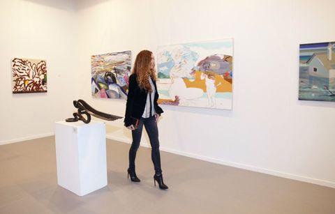 Style, Art gallery, Art, Exhibition, Art exhibition, Modern art, Knee, Museum, Visual arts, Vernissage,