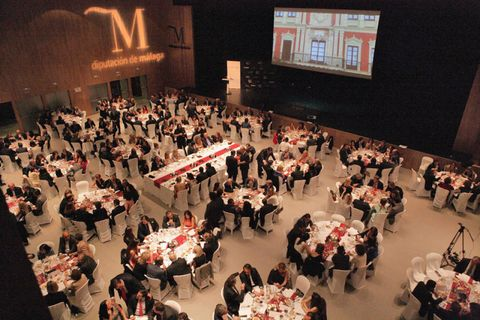 Furniture, Function hall, Chair, Hall, Display device, Banquet, Convention, Stage, Projection screen, Television,