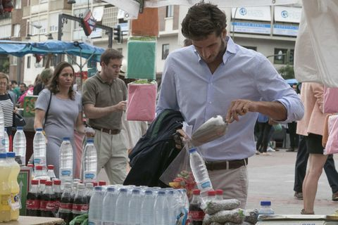 Public space, Trade, Retail, Marketplace, Human settlement, Selling, Hawker, Bottle, Plastic bottle, Market,