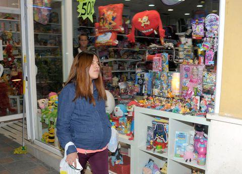 Retail, Trade, Shelving, Bag, Collection, Shelf, Market, Marketplace, Toy, Souvenir,