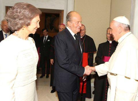 Face, Bishop, Priesthood, Clergy, Vestment, Bishop, Suit, Nuncio, Presbyter, Religious institute,