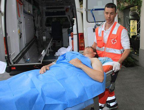 Paramedic, Emergency service, Service, Workwear, Emergency vehicle, Job, Emergency, Medical equipment, Medical, Stretcher,