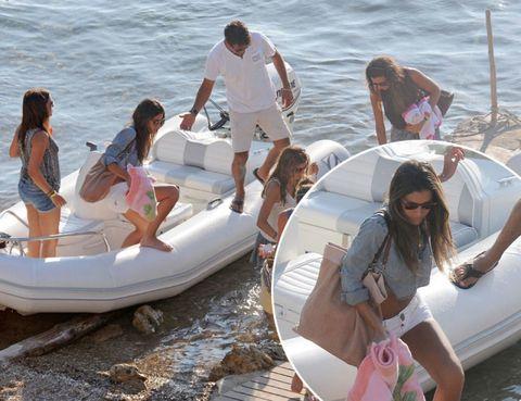 Recreation, Fun, Boat, Mammal, Watercraft, Summer, Outdoor recreation, Vacation, Boating, Water transportation,