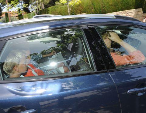 Vehicle, Automotive exterior, Glass, Land vehicle, Automotive design, Vehicle door, Car, Windshield, Automotive window part, Family car,