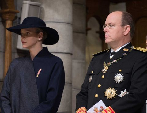 Glasses, Sleeve, Collar, Hat, Blazer, Military officer, Military person, Non-commissioned officer, Street fashion, Badge,