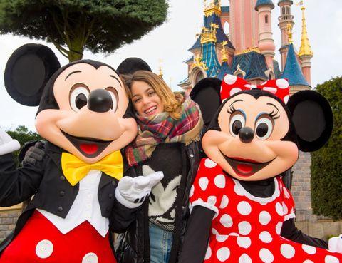Smile, Fun, Happy, Mascot, Costume accessory, World, Polka dot, Fur, Walt disney world, Amusement park,