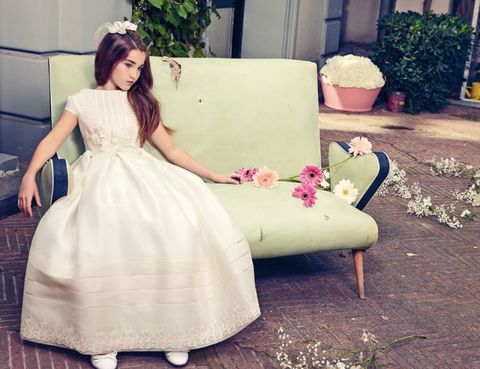 Clothing, Dress, Textile, Flowerpot, Formal wear, Petal, Purple, Bridal clothing, Gown, Beauty,