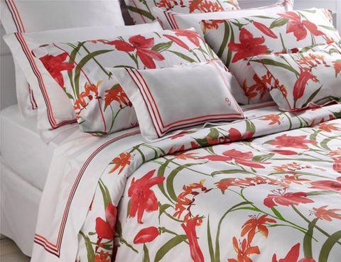 Interior design, Room, Red, Textile, Linens, Bedding, Cushion, Carmine, Bed sheet, Orange,