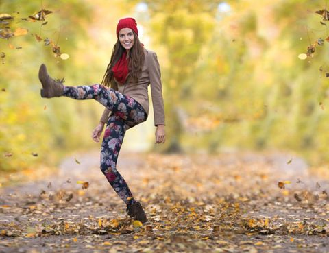 People in nature, Street fashion, Knee, Jacket, Boot, Autumn, Active pants, Photo shoot, Running, Leggings,