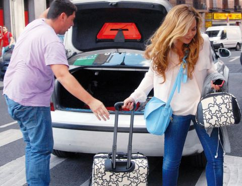 Leg, Trousers, Jeans, Denim, Bag, Automotive exterior, Luggage and bags, Vehicle door, Luxury vehicle, Street fashion,