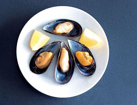Serveware, Bivalve, Dishware, Shellfish, Century egg, Molluscs, Still life photography, Seafood, Egg, Art paint,