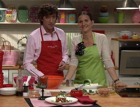 Cook, Dishware, Food, Countertop, Kitchen, Tableware, Shelf, Cooking, Cuisine, Dish,