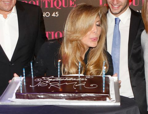 Lighting, Cake, Event, Birthday candle, Dress shirt, Sweetness, Ingredient, Dessert, Cake decorating, Baked goods,