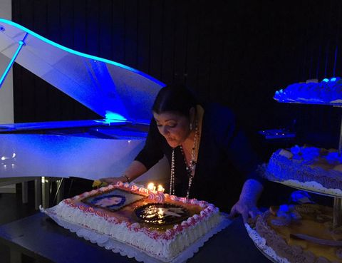 Lighting, Cake, Sweetness, Food, Cuisine, Dessert, Baked goods, Ingredient, Cake decorating, Party,