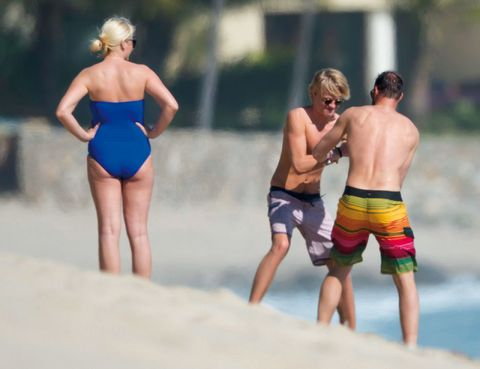 Leg, Fun, board short, Standing, Human leg, Leotard, Swimwear, People in nature, Summer, Sportswear,
