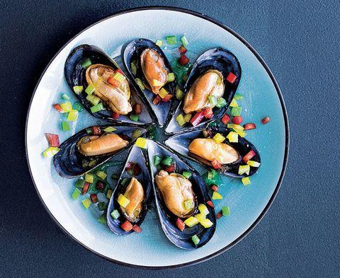 Food, Bivalve, Ingredient, Seafood, Cuisine, Clam, Shellfish, Recipe, Molluscs, Shell,
