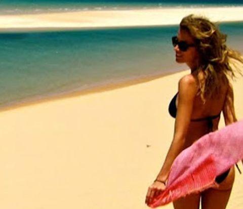 Eyewear, Sunglasses, Coastal and oceanic landforms, Summer, Swimwear, Beach, Vacation, Holiday, Ocean, People on beach,